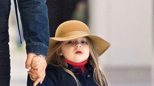 Mala Harper že dobiva nesramno bogate modne ponudbe (foto: Profimedia)