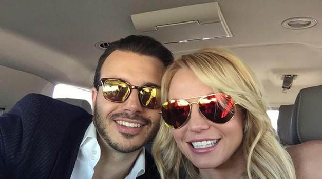 Britney Spears je očitno le našla pravega moškega (foto: Profimedia)