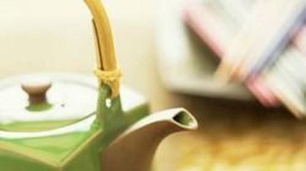 Čas je za spomladansko čiščenje z zelenim čajem!