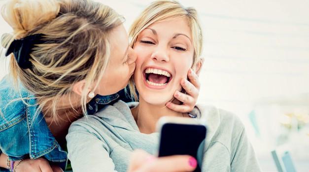 Teh 10 stvari ti lahko reče le tvoja najboljša prijateljica (foto: Getty Images)