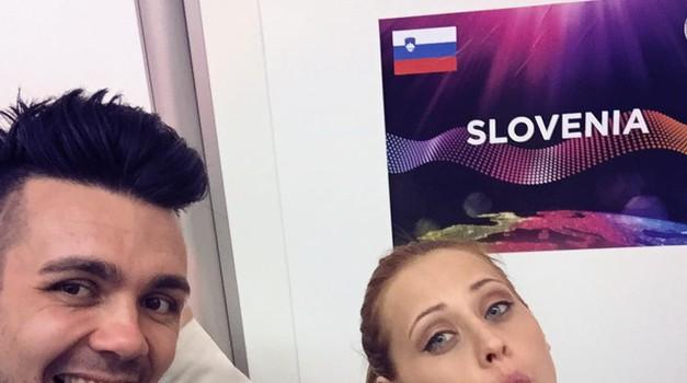 Duet Maraaya odlično zastopa slovenske barve (foto: Facebook)
