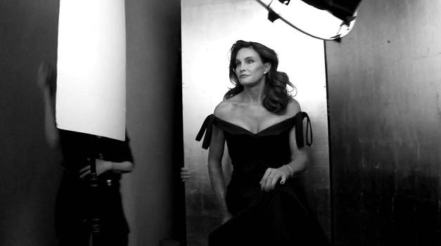 Zunaj že prve podrobnosti iz življenja transseksualke Caitlyn Jenner (foto: Profimedia)