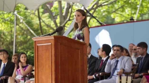 Obudila je spomin na začetek študija na Harvardu. (foto: Profimedia)