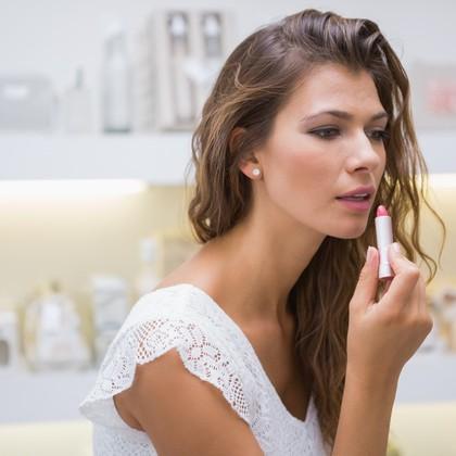 10 največjih napak pri kupovanju kozmetike in ličil