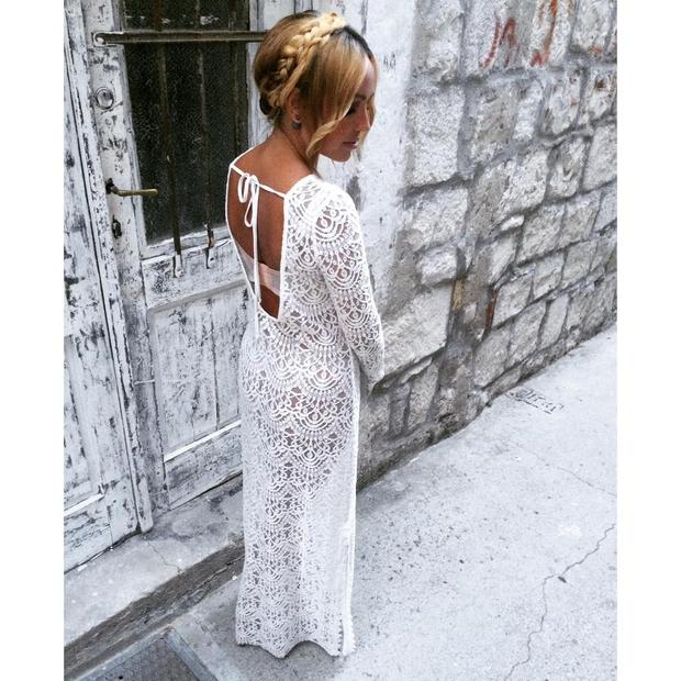 Nina Šušnjara zna biti vse - perfektno elegantna, sproščeno ulična ali preprosto ženstvena. Letos se je potepala po Korčuli, od …