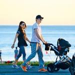 Mila Kunis in Ashton  Kutcher sta se  odločila, da bo njuna  ljubljena hčerkica  nosila ime Wyatt. (foto: Profimedia)