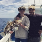 "David na ribolovu s svojimi sinom, Brooklynom. ""Ni slabo za njegov prvi ribolov."" (foto: Beckham)"