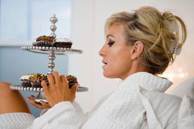 Nasvet št. 1: Zamenjaj hrano, ki je na vidnem mestu. Skrij sladke pregrehe in na prvo mesto postavi ...