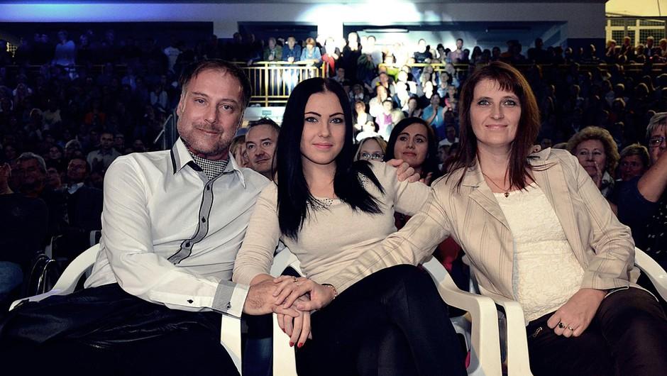 Tomaž z ženo in hčerko (foto: facebook.com/skupina.calypso/photos)
