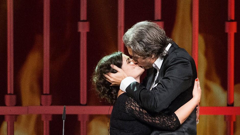 Jan Plestenjak ujet med vročim poljubljanjem! (foto: revija Lea)