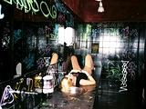 pijana_punca_drunk_young_girl