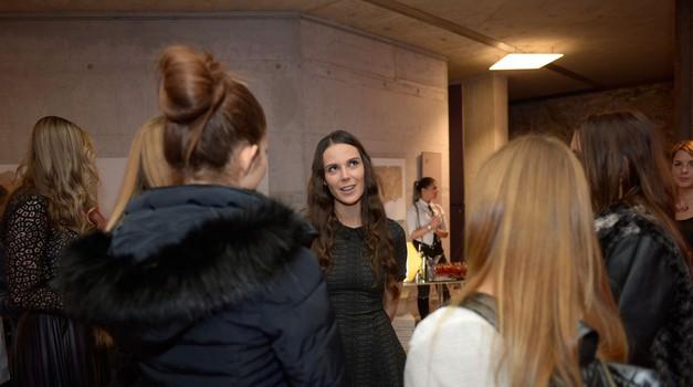 Finalistke projekta Dekle z naslovnice spoznale svoje mentorje