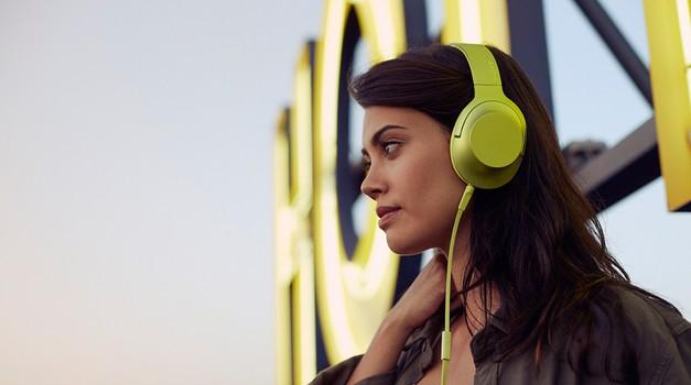 NAGRADNO: Pokaži svoj stil in osvoji trendi slušalke Sony! (foto: promocijsko gradivo)