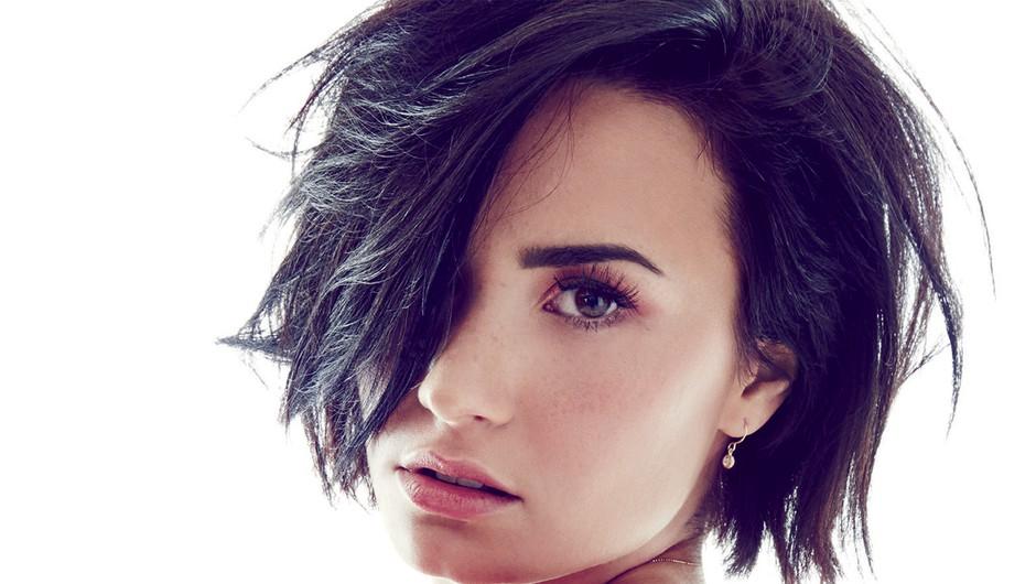 Demi Lovato v najbolj odkritem intervjuju doslej razkrila številne podrobnosti iz zasebnega življenja (foto: TESH)