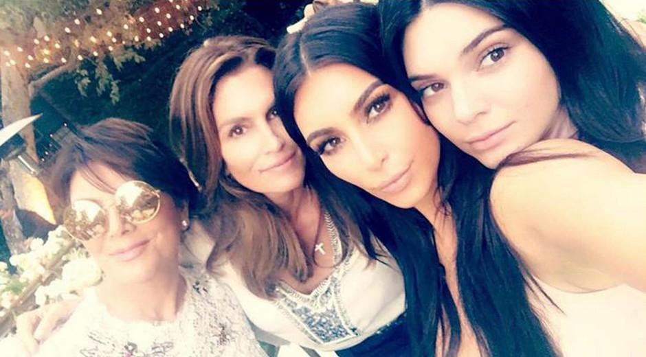 TAKO so videti sestre Kardashian brez ličil in retuširanja! (foto: Owen Smith, Timothy White, Andres Overgaard/E!)
