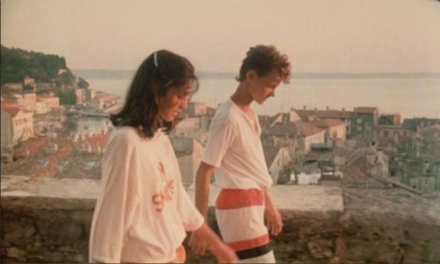 Pred 30 leti sta se zaljubljeno sprehajala po piranskih ulicah, nato pa sta odšla vsak svojo pot. Danes 43-letna Kaja …