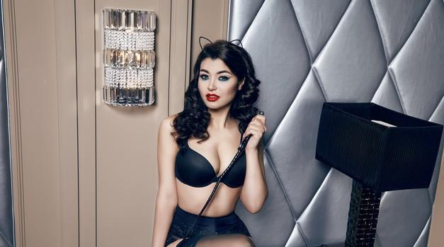 To je razlog, zakaj bi morala večkrat seksati na mizi (foto: Shutterstock)