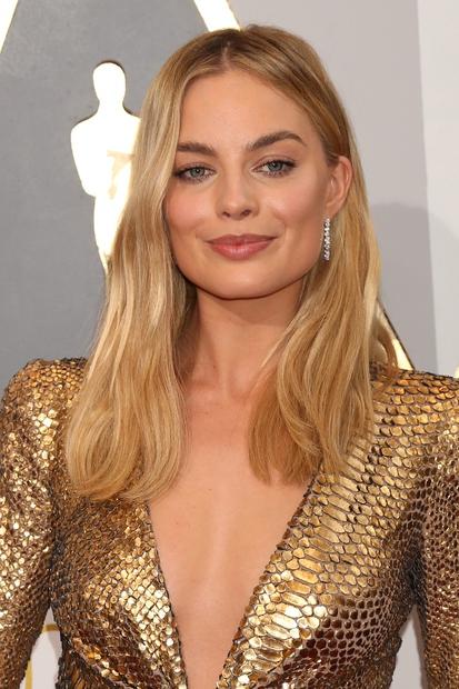 Margot Robbie, 25, je preboj doživela ob Leonardu DiCapriu v filmu Volk z Wall Streeta. Prihodnost: Omamno avstralsko igralko bomo …