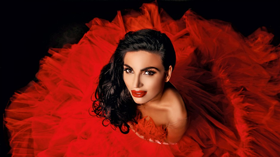 Uau! Poglej, kaj danes počne nekdanja miss Universe Dalila Dragojević (foto: www.arrmal.com)