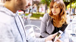5 zanesljivih znamenj, da še ni zrel za ljubezen