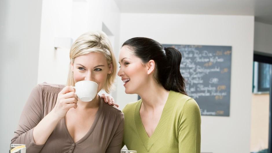 """""""Zlobne ženske te bodo najprej odstranile s seznama prijateljev, pozneje pa bodo razkrile tvoje skrivnosti sodelavcem."""" (foto: Profimedia)"""