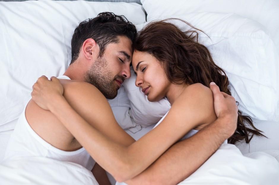 Ali drži, da je zveza brez seksa obsojena na propad? Nujno preveri! (foto: Profimedia)