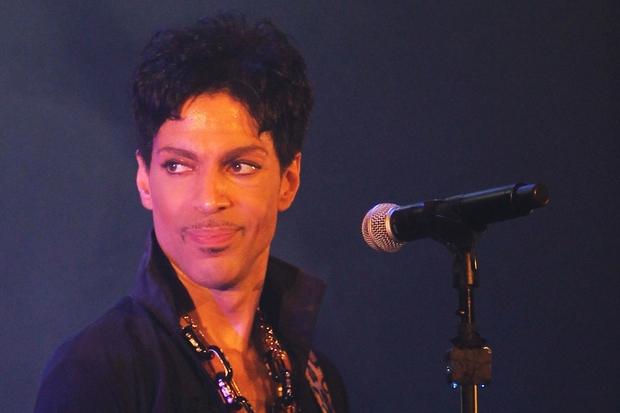 21. aprila je ugasnilo življenje Princa, ameriškega pevca, avtorja številnih svetovnih uspešnic, instrumentalista, glasbenega producenta in igralca. Umrl je na …
