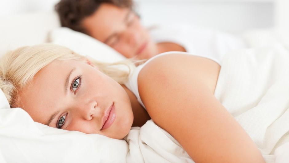 Te podrobnosti tvojega intimnega življenja niso za tuja ušesa! (foto: Profimedia)