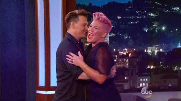 VIDEO: Pevki Pink pripravili noro presenečenje! (foto: Profimedia)