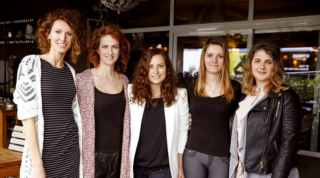 Na fotografiji z leve proti desni: Sanja Macur, Nika Veger, Katja Štravs, Špela Horvat in Tamara Kolman (foto: FOTO: Helena Kermelj)