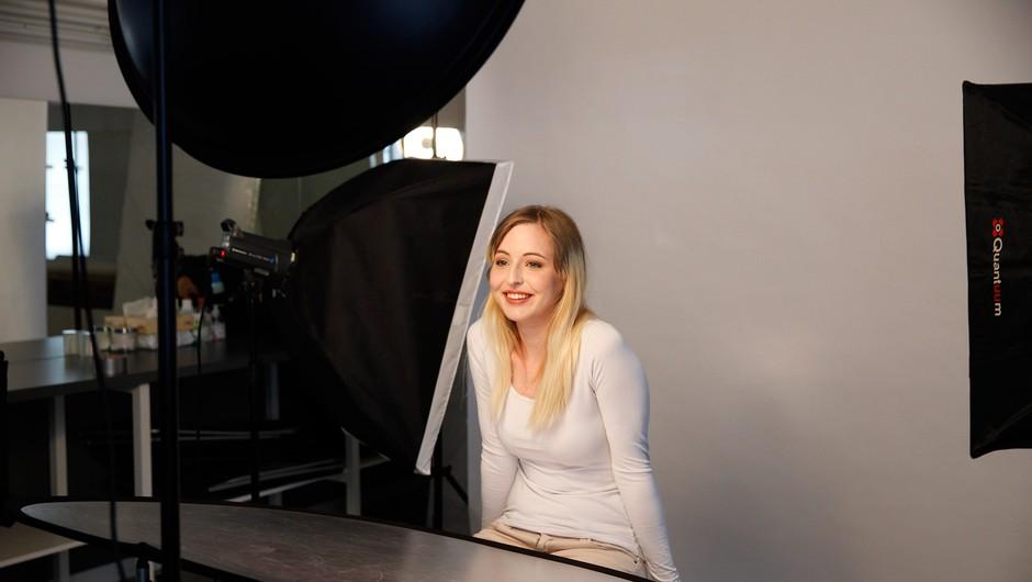 Veronika se je na fotografiranju počutila odlično. (foto: Helena Kermelj)