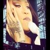 VIDEO: Rihanna se je na koncertu v Dublinu povsem zlomila