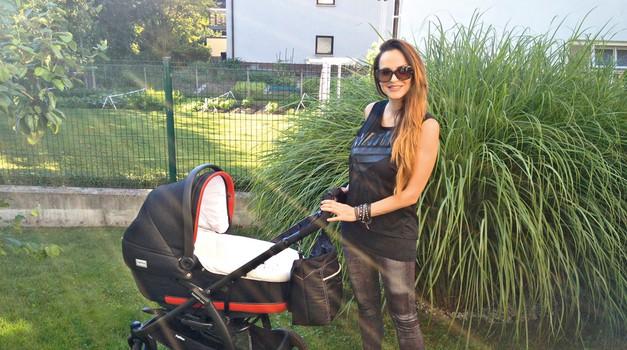 Oriana Girotto: Razkrila vzrok vitkosti po porodu (foto: Story press)