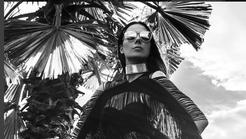 Ula Furlan posnela zelo seksi fotografije: Jo prepoznaš?