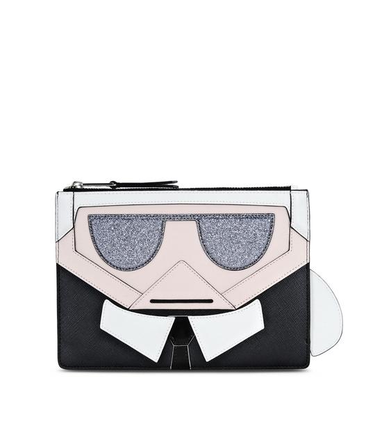 Karl Lagerfeld navdihi segajo od futurističnih robotov in njegovega mačka z imenom Choupette do koktajl zabav in luksuznih potovanj.