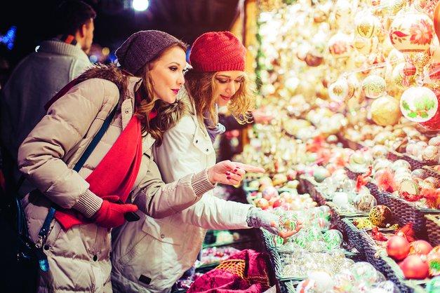 6 super idej, kaj lahko počnete s prijateljicami v magičnem decembru (foto: © iStock)