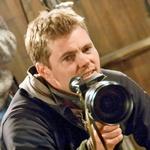 … in tri leta mlajšega Elija Craiga, ki si kruh služi kot scenarist in režiser. (foto: Profimedia)