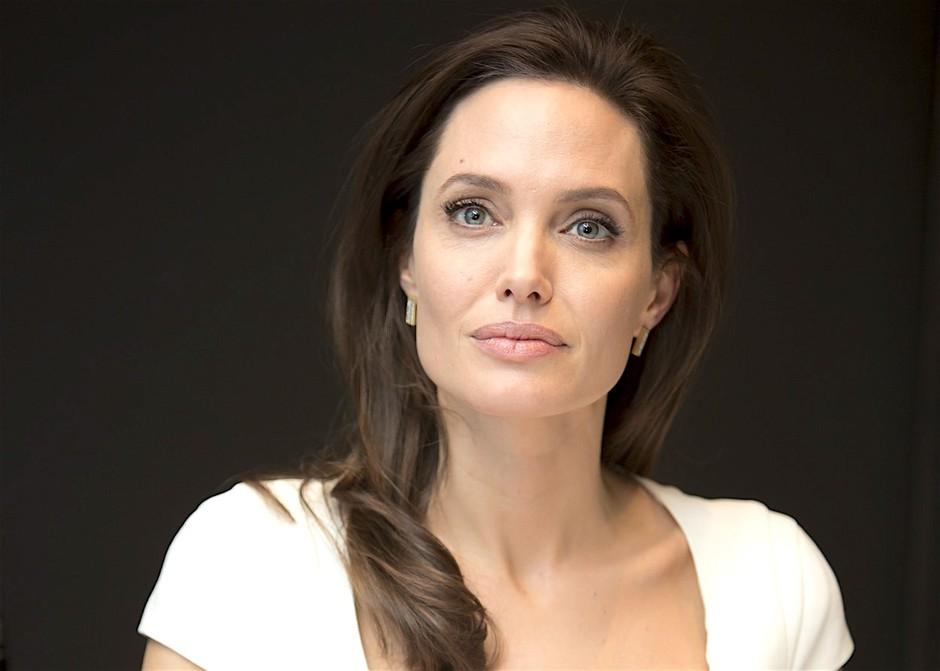 Angelina je izginila, njen bivši pa je razkril nekaj, na kar so številni čakali že več tednov! (foto: Profimedia)