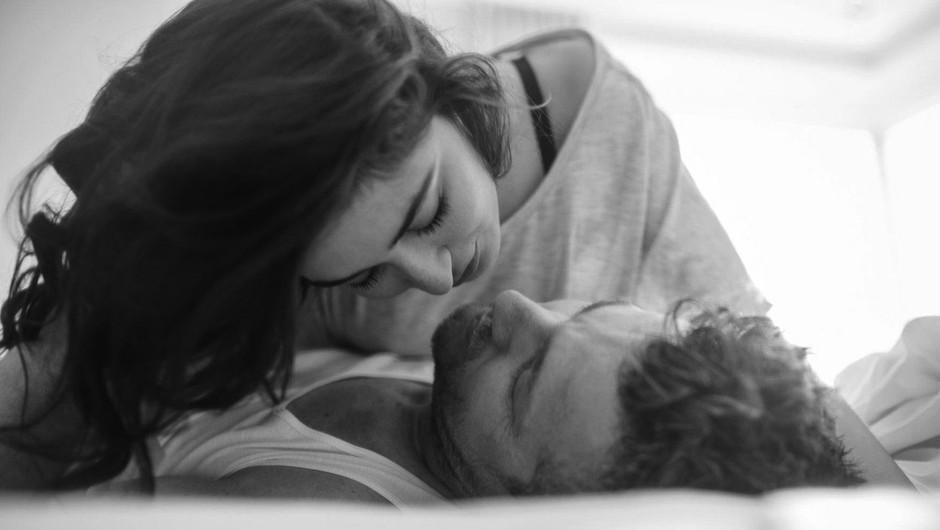 Čudovita intimna vprašanja, ki jih (vsaj enkrat) zastavi svojemu partnerju (foto: Profimedia)