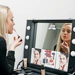 Kozmetika trend IT UP je punce nadvse prevzela. (foto: Aleš Pavletič, Nina Vidrih)