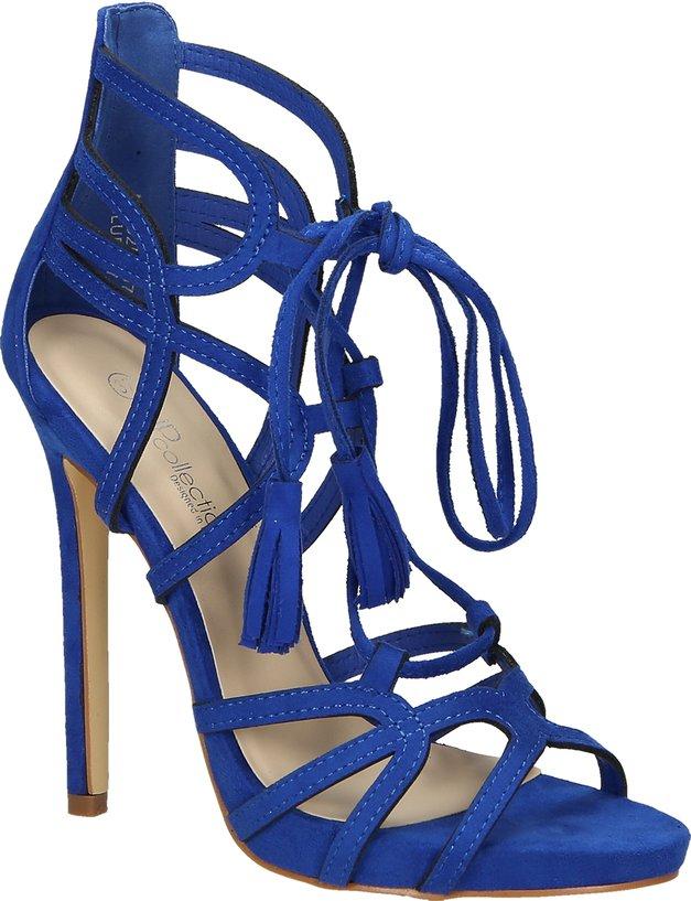 FOTO: Najlepši čevji za maturantski ples iz kolekcije MASS