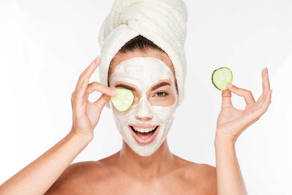 S temi domačimi maskami boš imela sijočo kožo kot še nikoli! (foto: Profimedia)