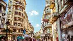 Kdo gre s tabo v Beograd?