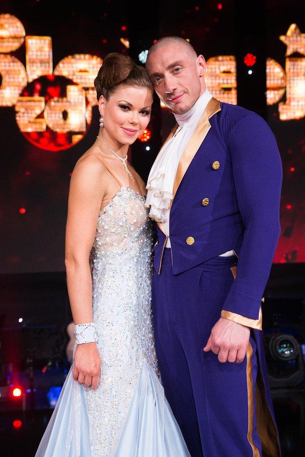 """Denis (Zvezde plešejo): """"Vsak fant si lahko le želi takšne punce kot je Martina"""" (foto: Miro Majcen/POP TV)"""