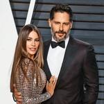Nad ženo, kolumbijsko-ameriško igralko in modelom Sofío Vergara, se je navduševal že v obdobju, ko je bila še zaročena z drugim moškim. (foto: Profimedia, Getty Images)