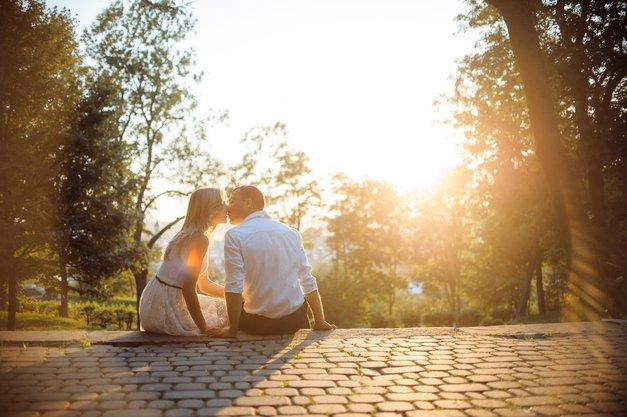 Horoskop: Kaj pomeni za zvezo, če sta s partnerjem rojena v istem znamenju? (foto: Profimedia)