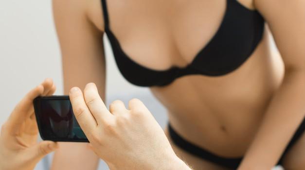 VROČI seksualni TRIKI, od katerih bo tvoj dragi kar kričal od zadovoljstva! (foto: Profimedia)