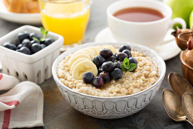 Zajtrk: 5 idej za pripravo zajtrka vnaprej (+vzelo ti bo zelo malo časa!) (foto: Profimedia)