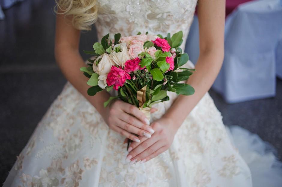 Zakaj neveste na poroki nosijo obleko v BELI barvi? Razlog se skriva v ... (foto: Profimedia)
