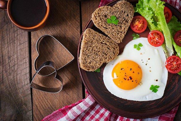 9 razlogov, zakaj bi morala VSAK DAN pojesti 2 jajci (foto: Profimedia)